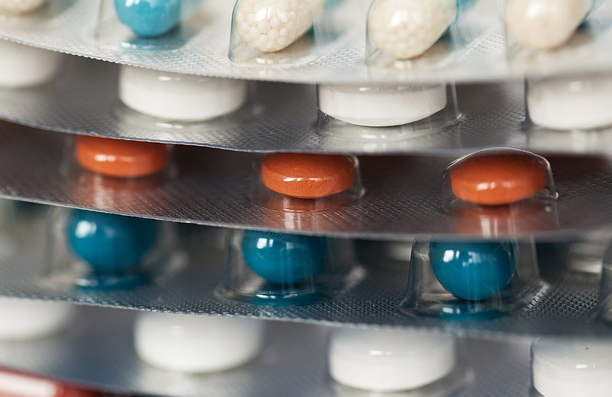 ヤフーが「薬事法」関連の広告掲載ガイドラインを変更